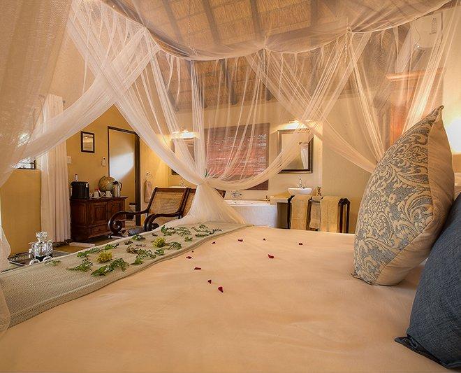 Mvuradona-Safari-Lodge--24