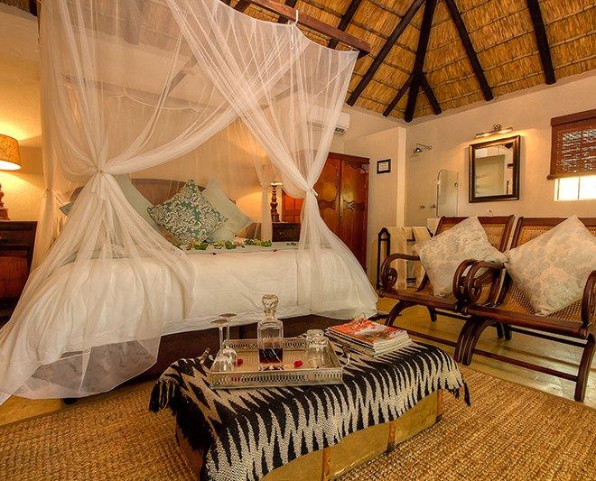 Mvuradona-Safari-Lodge--13
