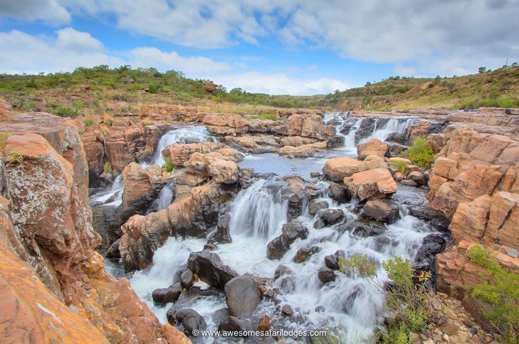 Panorama route, God's Windows, Lisbon Falls, Bourke's Luck Potholes, Lone Creek Falls, Three Rondawels, Blyde River Canyon, Panorama route.